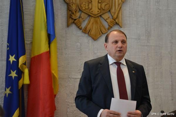 INVESTIGAȚIE: Familia fostului ministru al Agriculturii: terenuri, case și firmă