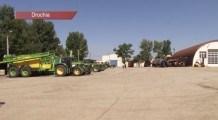 Fermierii din Drochia pregătesc tehnica de recoltare