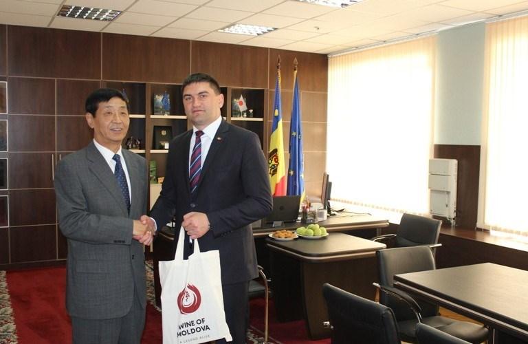 Piața chineză deschisă pentru produsele moldovenești