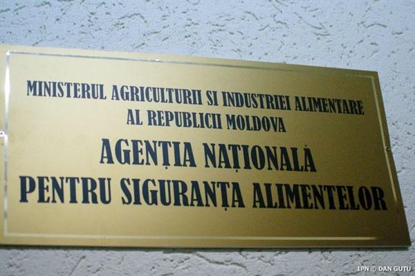 Directorul general adjunct al ANSA a fost demis în urma scandalului privind exportul de fructe în Rusia