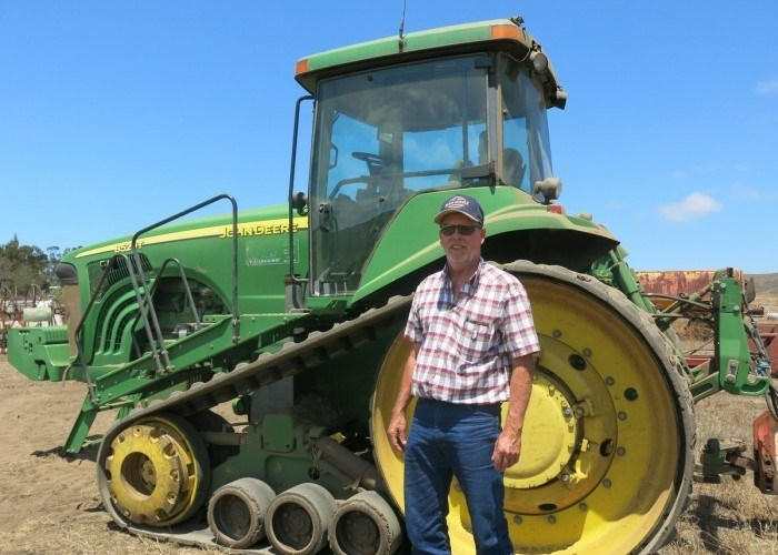Fermierii americani n-au voie să-și repare propriile tractoare. Riscă amenzi și chiar pușcărie