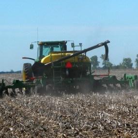 Începe subvenționarea tehnicii și utilajului agricol No-Till și Mini-Till din sursele IFAD