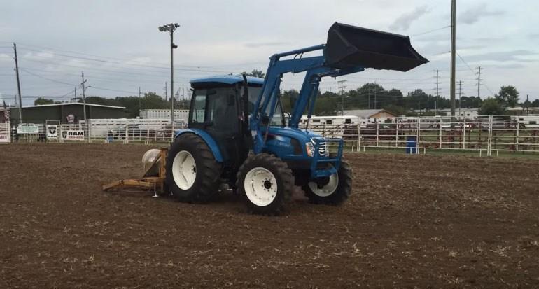 Tractor LS model XU 6168