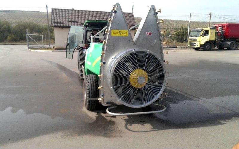 Mașină de stropit pentru livadă. Capacitate: 1000-1500-2000 litri